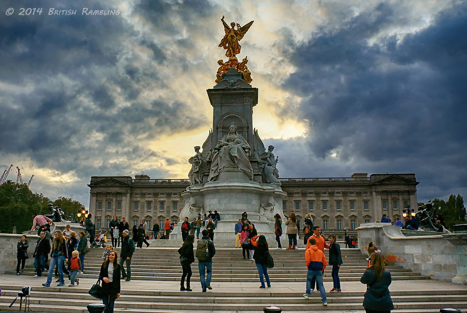 Мемориал Королеве Виктории, Лондон, Англия.