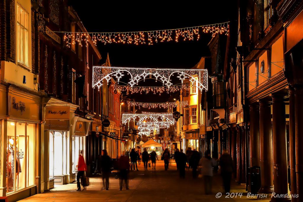 Главная улица High Street, Уинчестер, Англия.