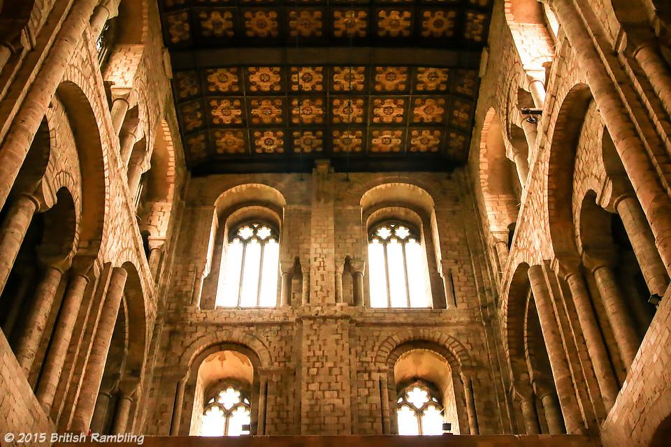 Старая часть собора, Уинчестер, Англия.