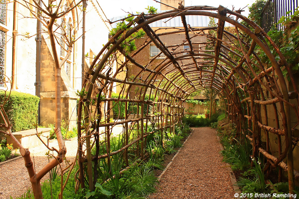 Сад Королевы Элеаноры, Уинчестер, Англия.