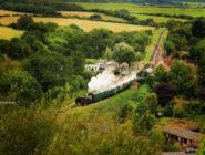 Паровая железная дорога, вид с вершины замка Корф.